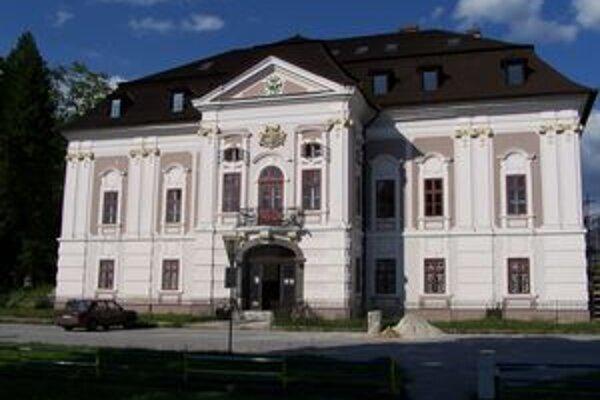 Mošovce spomedzi 11 súťažiacich vyhralo v súťaži Dedina roka 2009 tretie miesto.
