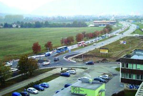 Medzi priority zimnej údržby bude patriť nová kruhová križovatka v Košútoch so spojnicou ku Kauflandu.