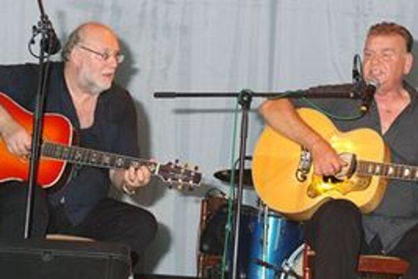 Honza a František Nedvědovci patria medzi stálice folkovej hudby.