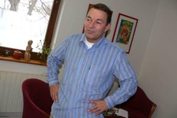 Riaditeľ Slovenského komorného divadla v Martine s prehľadom obhájil svoj poslanecký mandár. Voliči mu vo volebnom obvode Martin odovzdali najviac hlasov.