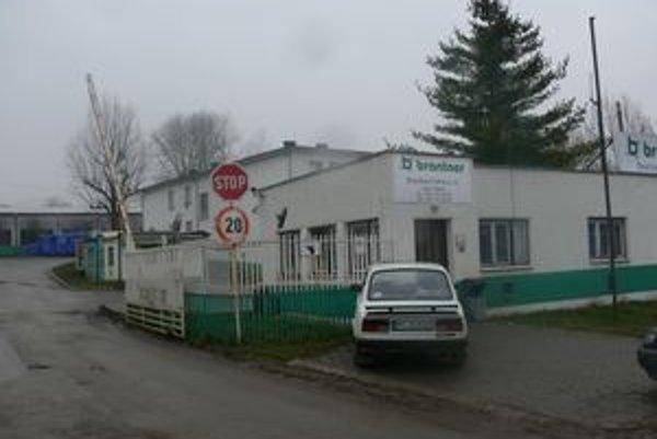 Na predaj je aj areál na Tehelnej ulici, v ktorom sídlila firma Brantner Fatra.