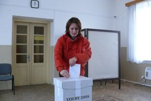Starostu Socoviec prišla voliť aj Zuzana Ulejová.