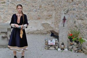 Zážitková expozícia vZoborskom kláštore jednoduchou formou približuje dejiny kláštora aVeľkej Moravy.