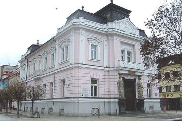 Bývalá budova Tatrabanky v Martine, dnes sídlo Slovenskej sporiteľne.