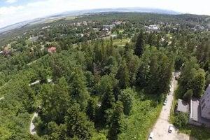 Územie v Tatranskej Lomnici, ktorého by sa dotkla stavba novej zjazdovky.