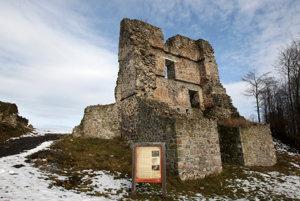 Pustý hrad.