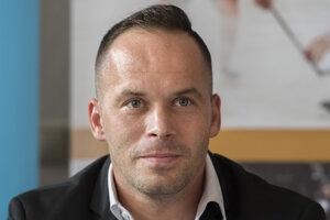 Dušan Pašek mladší, ešte ako ambasádor slovenskej asociácie hokejistov (SIHPA).