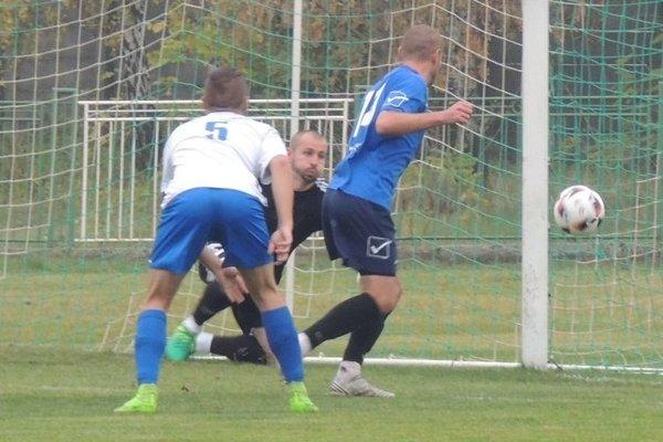 Jeden zdvoch gólov vsieti Kolárova, ktoré prehralo vMarcelovej dvojgólovým rozdielom.
