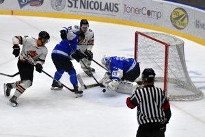 Michalovská Dukla ovládla šláger o prvé miesto a Martin zdolala 5:1.