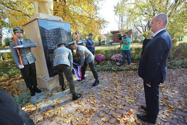 Pietneho aktu sa zúčastnil minister obrany Peter Gajdoš.