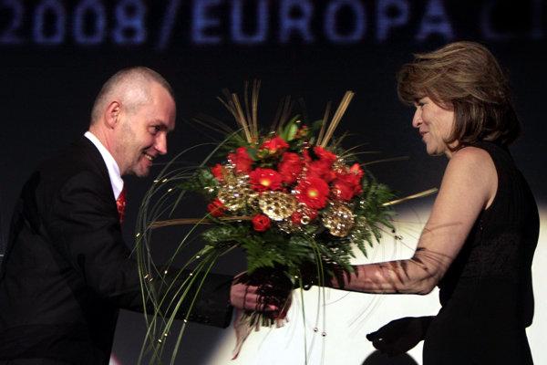 Výkonný riaditeľ MFF Bratislava Vladimír Krajniak s Máriou Rehákovou, ktorá istý čas  vystupoval v pozícii riaditeľky.