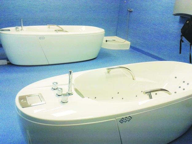 Relaxačné vane vnovootvorenom domove dôchodcov.