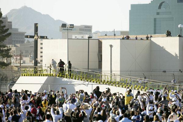 Pápež navštívil mesto Ciudad Juárez.