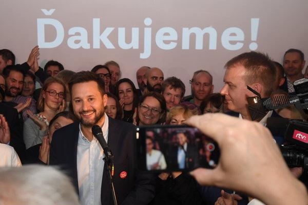 Novým primátorom Bratislavy bude Matúš Vallo.