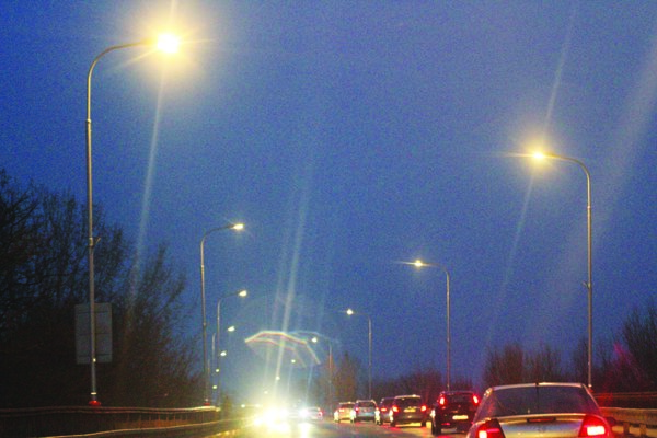 Nová technológia verejného osvetlenia je šetrnejšia aúspornejšia.