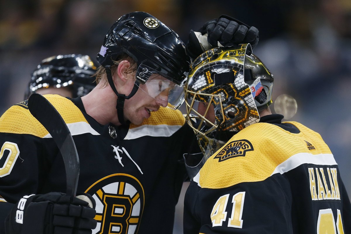 cb0f16eaba94c Boston Bruins má problémy so zranenými obrancami - Šport SME