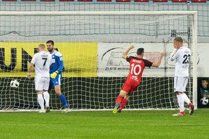 Jediný gólový moment bol pre domácich veľmi nešťastný.