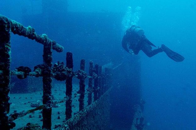 Lodné vraky sú obľúbený cieľ ponorov.