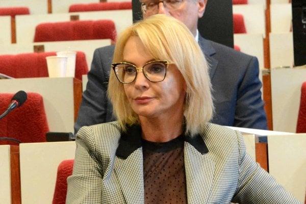 Viceprimátorka Renáta Lenártová (Smer) neprešla sitom volieb do mestského zastupiteľstva. Súčasná krajská poslankyňa zasadne do lavíc len v miestnom parlamente na Jazere.