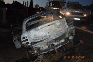 Fiat po nehode zhorel.