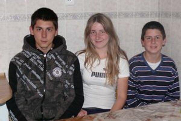 Súrodenci Vargovci sľúbili, že sa o výhru podelia.