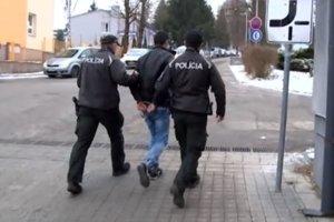 Mladíka chytili policajti ešte v decembri.