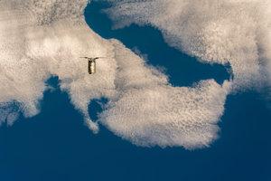 Expedícia 57 sa blíži k Medzinárodnej vesmírnej stanici.