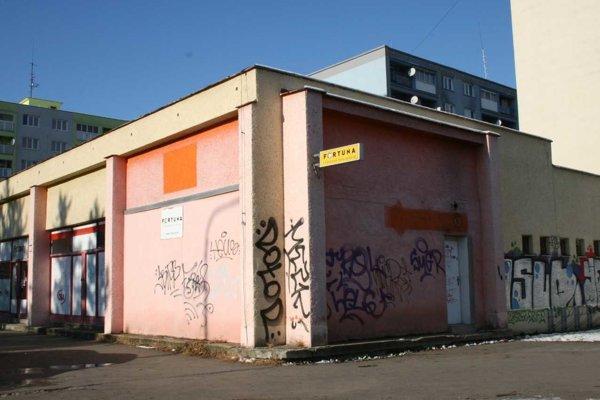 Šport – Café na ulici Za Hornádom. Tu Jakub získal 35 eur.