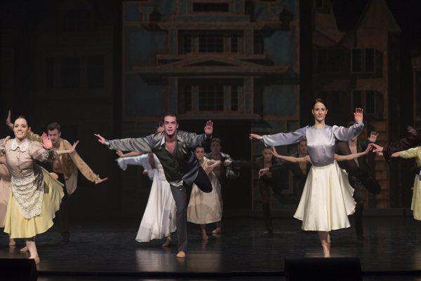 Slovenské tance vSND vystihli skvostné kostýmy Ley Fekete.