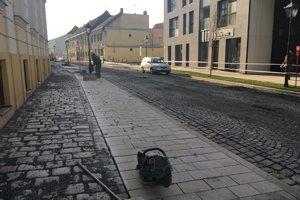 Hollého ulicu dokončujú.