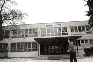 Obchodná akadémia Polárna je jedinou školou v kraji, ktorá sa na budúci školský rok neotvorí prvákom.