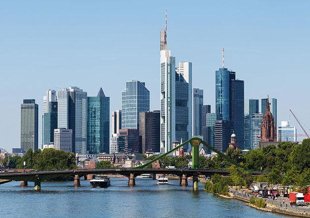 Frankfurt nad Mohanom je piate najväčšie mesto v Nemecku a sídlo Európskej centrálnej banky. V rebríčku Quality of living mu patrí 7. miesto.