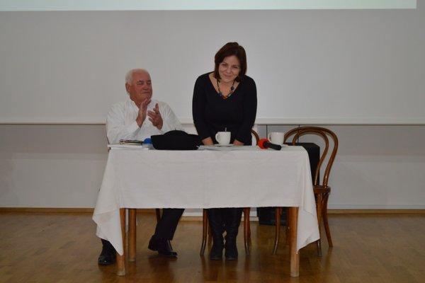 J. Kováč a A. Lukáčová. ZDROJ: GEMERSKÉ OSVETOVÉ STREDISKO