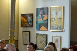 Dražiť budú 46 diel umelcov z nášho regiónu.