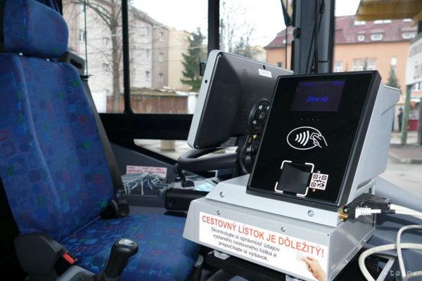 Podľa generálneho riaditeľa SAD Žilina Petra Pobehu oslávi v roku 2019 aj verejná autobusová doprava na Slovensku 70 rokov fungovania.