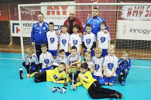 Výber ObFZ Nitra U11 získal strieborné medaily.
