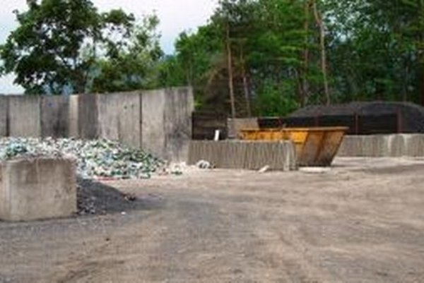 Prekládková stanica odpadu bude v areáli zberného dvora v Okoličnom.