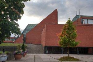 Pohľad na hlavnú budovu Campusu Aalto university, Espoo, Fínsko.