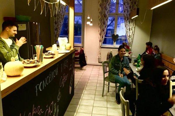 Teen Café