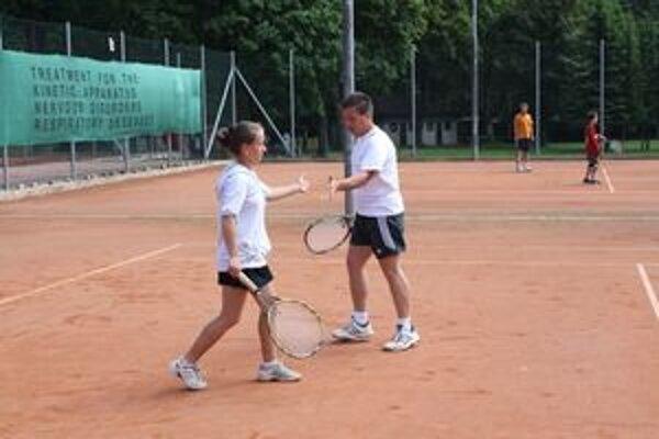 Rodiny si tenis zahrali v Rajeckých Tepliciach.