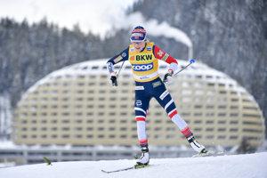 Therese Johaugová v priebehu pretekov Svetového pohára v Davose.