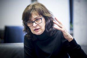 20. septembra. Bývalá ministerka spravodlivosti Lucia Žitňanská vyhlásila, že opúšťa koaličnú stranu Most – Híd a rozhodla sa ďalej v parlamente pokračovať ako nezávislá poslankyňa.