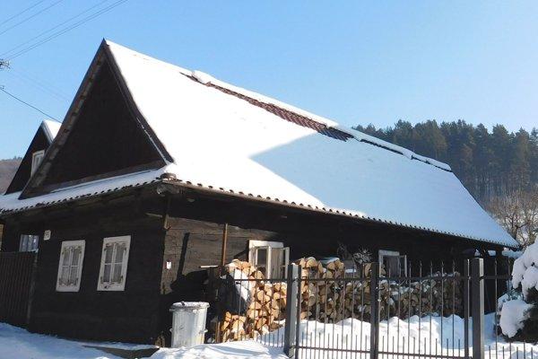 V chalúpke po strynke má Ľubka Jenčíková malú múzeum tradícií. rada porozpráva aj o vianočných zvykoch.