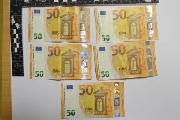 Časť zadržaných peňazí.
