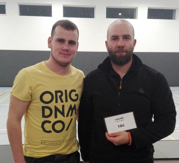 Ondrej Weiss (vpravo) spolu s organizátorom ligy Vladimírom Širáňom.