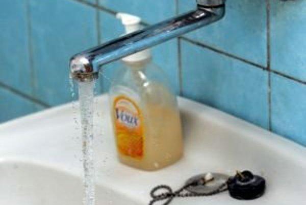 Liptáci si za vodu v tomto roku priplatia. Za pitnú minimálne, za odpadovú viac.