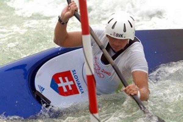 Elena Kaliská.Olympionička spoločne s Michalom Martikánom a bratmi Höchschörnerovcami  vošli do slalomárskych učebníc.
