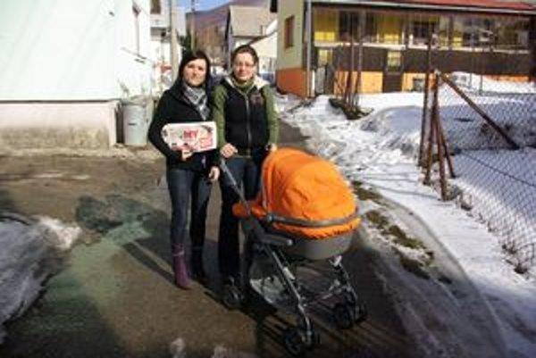 Janka (vľavo) tvrdila, že za prechádzku jej ešte nikto nezaplatil.