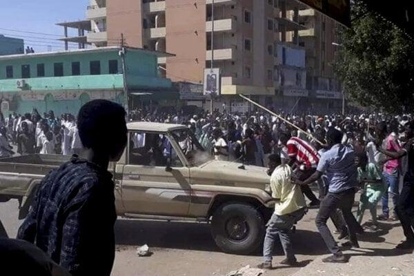 Protesty proti prezidentovi v Sudáne.