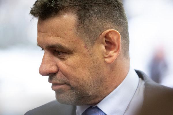 Podpredseda vlády a minister životného prostredia László Sólymos.